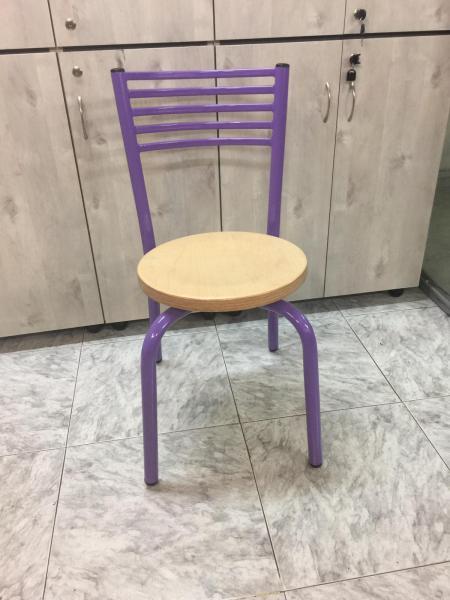 כסא דגם רז